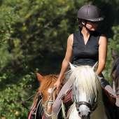 Votre guide local : Adeline, Accompagnatrice d'équitation