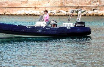 Visite des Calanques de Marseille en bateau semi-rigide