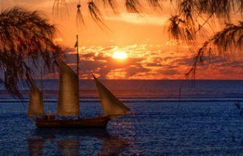 Sortie bateau et apéritif au coucher du soleil
