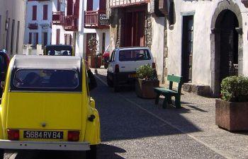 Balade en 2CV au coeur du Pays Basque