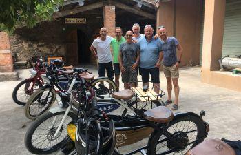 Balade en moto électrique sur la route des vins