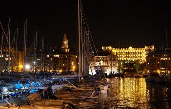 Visite de Marseille de nuit : découvrez la ville sous un autre regard