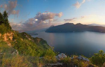 Randonnée œnologique avec vue sur le lac du Bourget