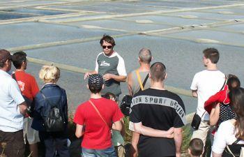 À la rencontre d'un paludier et visite d'une saline de Guérande