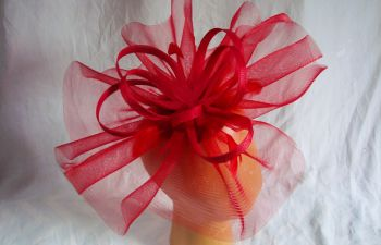 Créer son chapeau en crin avec une Modiste près de Rouen