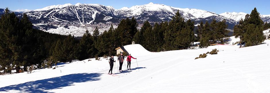 Initiation au skating dans les pyr n es catalanes activit la llagonne f - Les pyrenees catalanes ...